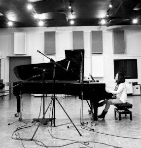 Jimin-Oh-Havenith im Studio